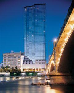 Amway-Grand-Plaza-Hotel-1-822x1024